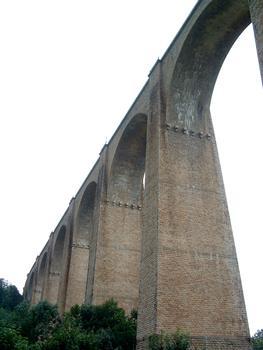 Viaduc de Mussy-sous-DunQuelques piles