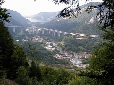 Viaduc de Nantua sur l'A40Ensemble