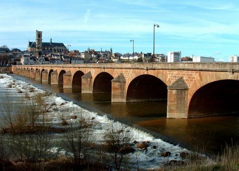 Pont-Neuf, Nevers