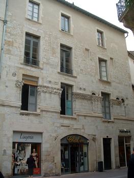 Nîmes - Maison romane