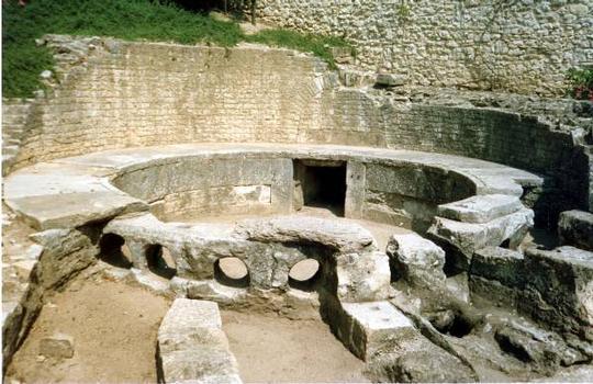 Castellum divisorium, Nîmes