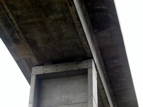 Viaduc de la Nuec (Autoroute A8) Appuis du 2 ème tablier