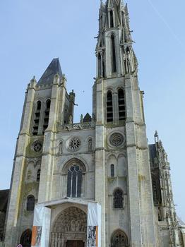 Senlis - Cathédrale Notre-Dame - Portail en cours de restauration
