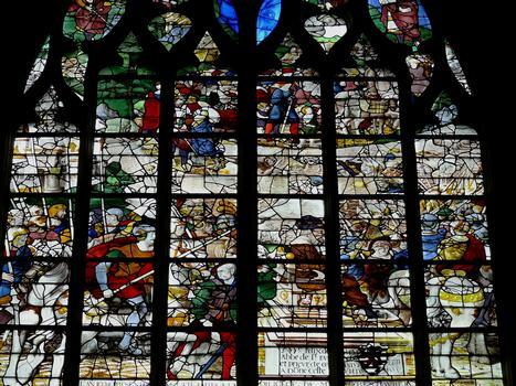 Alençon - Eglise Notre-Dame - Intérieur - Nef - Vitraux du côté gauche racontant l'Ancien Testament: le Passage de la mer Rouge, oeuvre de Félix de Brie