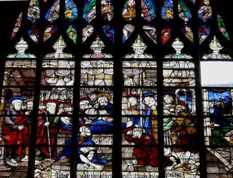 Alençon - Eglise Notre-Dame - Intérieur - Nef - Vitraux du côté droite racontant la vie de la Vierge: L'Assomption de la Vierge (vitrail très restauré au 18 ème siècle)