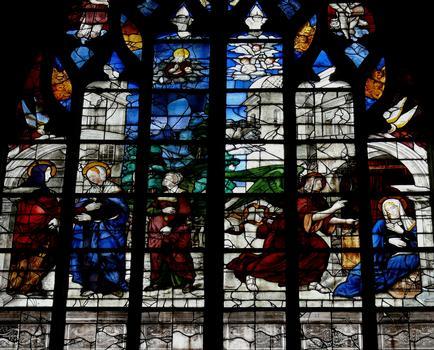 Alençon - Eglise Notre-Dame - Intérieur - Nef - Vitraux du côté droite racontant la vie de la Vierge: L'Annociation et la Visitation