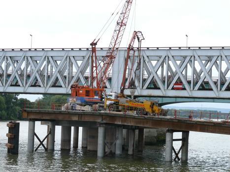 Nouveau pont ferroviaire d'Oissel - Réalisation des pieux
