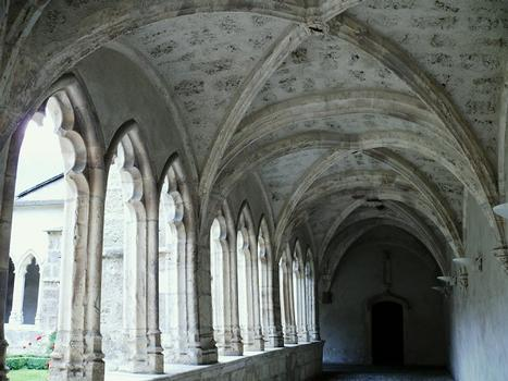 Saint-Jean-de-Maurienne - Cloître de la cathédrale