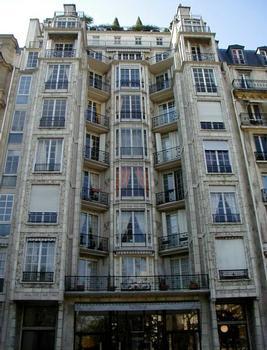 25 bis rue Benjamin Franklin, Paris.