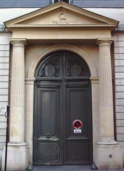 Paris - 10ème arrondissement - Hôtel Benoît de Saint-Paulle - Portail