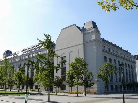 Paris 13ème arrondissement - Université Paris 7 Denis Diderot - Bâtiment des Grands Moulins : Paris 13 ème arrondissement - Université Paris 7 Denis Diderot - Bâtiment des Grands Moulins