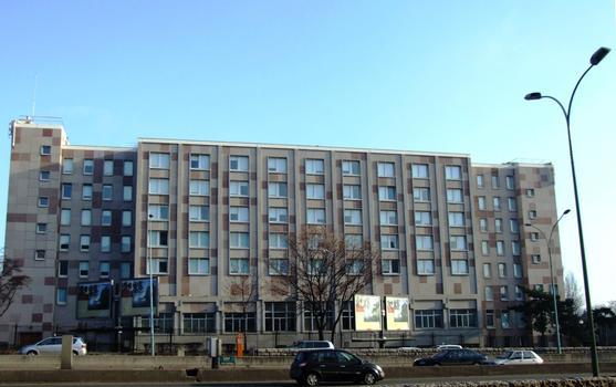 Cité Internationale Universitaire de Paris - Nouvelle maison des Arts et Métiers près du boulevard périphérique