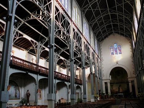 Paris 14ème arrondissement - Eglise Notre-Dame-du-Travail - Nef
