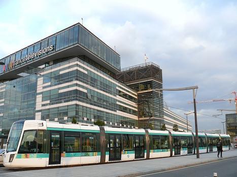 T3 Tramway Line (Paris) – France Télévisions Building