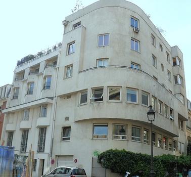 Paris 16ème arrondissement - Collège Montmorency et l'immeuble de la directrice de l'institution, rue Jasmin : Paris 16 ème arrondissement - Collège Montmorency et l'immeuble de la directrice de l'institution, rue Jasmin