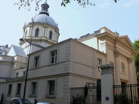 Paris 16ème arrondissement - Eglise Notre-Dame-de-l'Assomption-de-Passy, entrée côté est : Paris 16 ème arrondissement - Eglise Notre-Dame-de-l'Assomption-de-Passy, entrée côté est