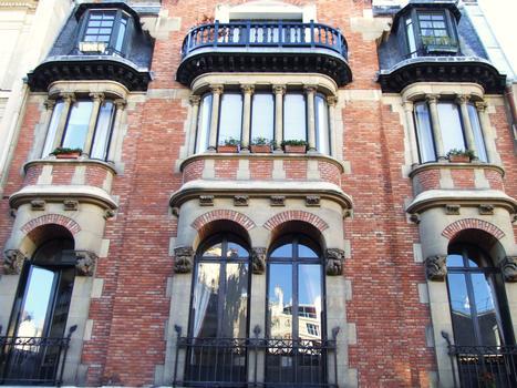 4 rue Lota, Paris