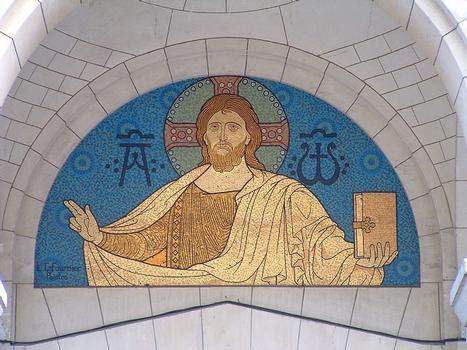 Paris 17 ème arrondissementEglise Saint-François-de-Sales - Nouvelle église - Mosaïque du Christ bénissant de Louis-Edouard Tournier [1857-1913]