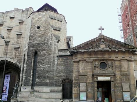Paris 18 ème arrondissement - Eglise Saint-Denys de la Chapelle, à côté de la basilique Sainte-Jeanne-d'Arc