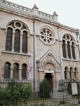 Paris 18ème arrondissement - Eglise Saint-Denys de la Chapelle - Façade de la place de Torcy : Paris 18 ème arrondissement - Eglise Saint-Denys de la Chapelle - Façade de la place de Torcy