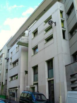 Paris 20ème arrondissement - Immeuble 30 rue Ramponneau comprenant des logements sociaux par l'architecte Frédéric Borel