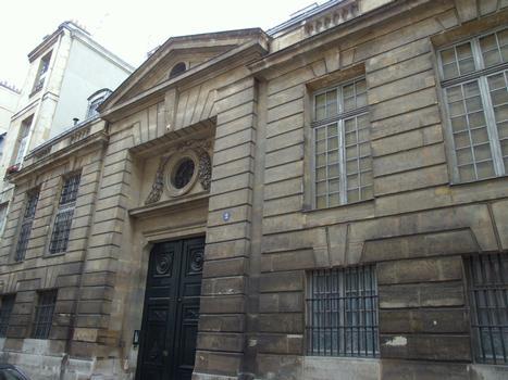 Paris - Île Saint-Louis - Hôtel Lambert - Portail sur la rue Saint-Louis-en-l'île