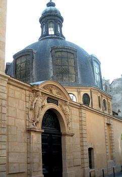 Paris - 5, rue de l'Ecole-de-Médecine - Ancien amphithéâtre d'anatomie de la confrérie des chirurgiens - Ensemble