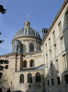 Paris 6ème arrondissement - Institut de France - Collège des Quatre Nations - Vue du collège côté rue Mazarine : Paris 6 ème arrondissement - Institut de France - Collège des Quatre Nations - Vue du collège côté rue Mazarine