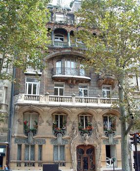 Paris - Immeuble Lavirotte - Façade rue Rapp - Ensemble