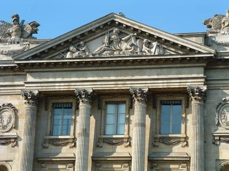 Place de la Concorde, Paris Hôtel de la Marine Fronton avec allégorie de la Magnificience Publique : Place de la Concorde, Paris  Hôtel de la Marine  Fronton avec allégorie de la Magnificience Publique