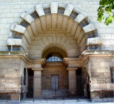Paris - Place de la Nation - Barrière du Trône - Porte