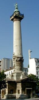 Paris - Place de la Nation - Barrière du Trône - Une colonne