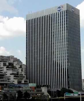 Paris - La Défense - Tour AGF Neptune, immeuble les Damiers