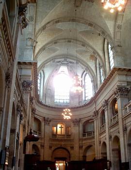 Temple de l'Oratoire - Vue de la nef vers le choeur
