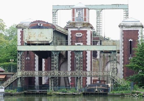Arques - Ascenseur à bateaux des Fontinettes