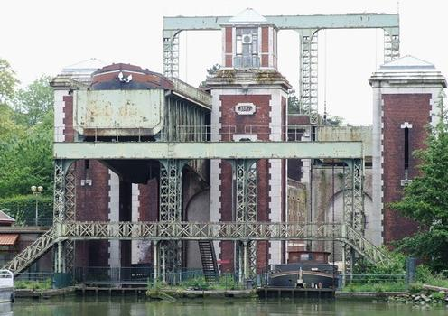 Arques - Fontinettes Lift Lock