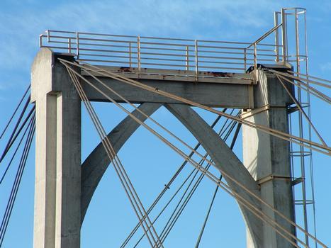 Galerie d 39 images pont de donz re mondragon pierrelatte 1952 struct - Premier pont a haubans ...