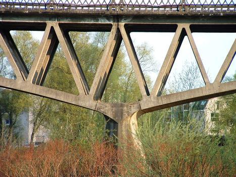 Boutiron Bridge, Vichy