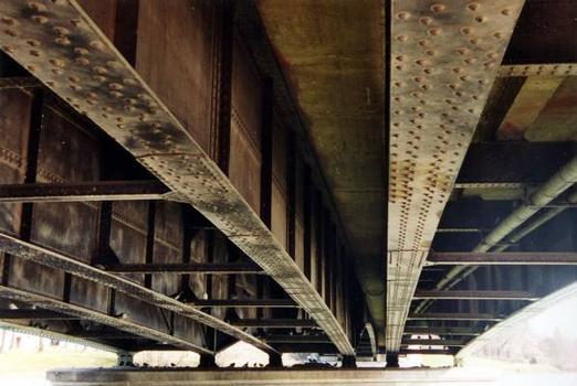 Verbundbrücke in Pont-sur-Yonne