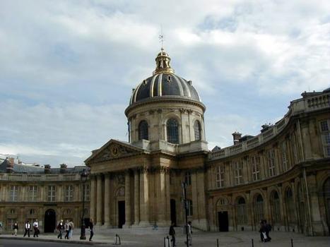 Collège des Quatre-Nations, Paris.Façade côté Louvre