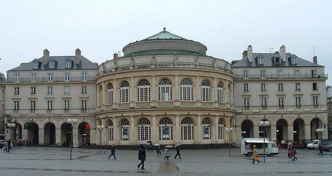 Theatre A La Place L Hotel De Ville A Paris