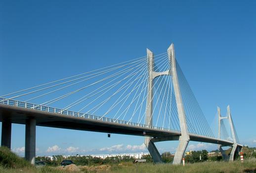 Pont à haubans entre Tarascon et Beaucaire - Vu de la rive droite