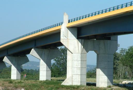 Pont Saint-Esprit - Nouveau pont - Piles à terre en rive gauche