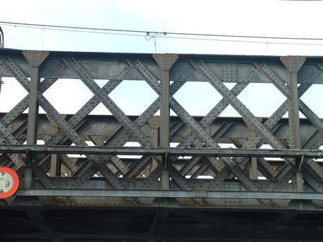 Pont de Culoz (entre Culoz et Vions) - Détail de la charpente du tablier