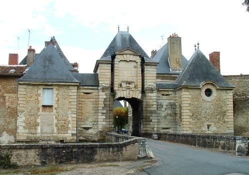 Chinon-Tor, Richelieu