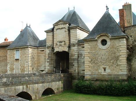 Chinon Gate, Richelieu