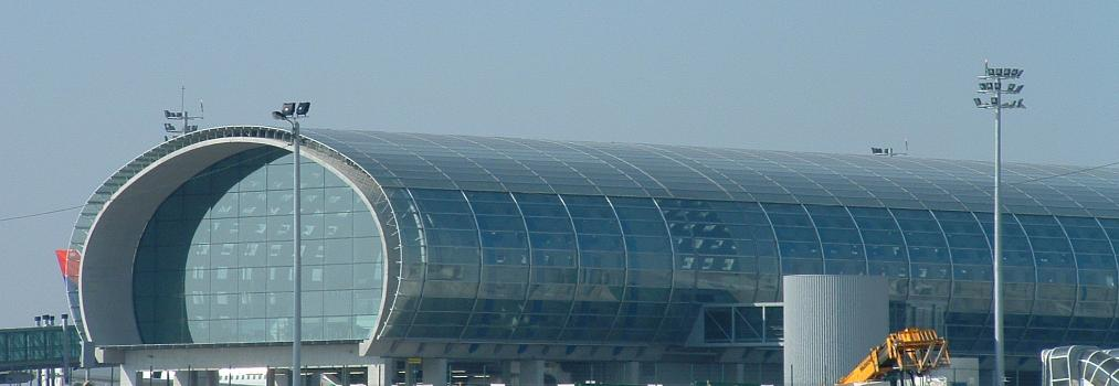 Charles de Gaulle Airport, Roissy  Terminal 2E  Exterior