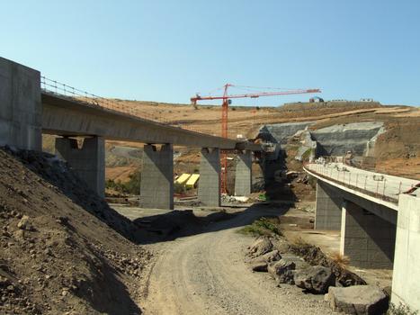 Tunnel du Cap-la-Houssaye - Entrée côté Nord à l'extrémité du viaduc de Fleurimont (côté mer et côté montagne)