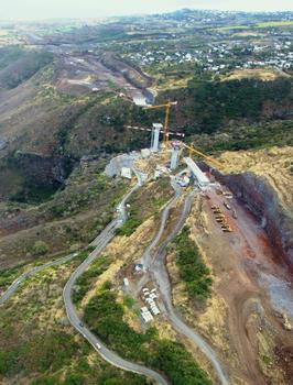 Route des Tamarins - Viaduc de la ravine des Trois-Bassins
