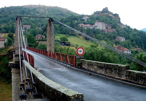 Pont suspendu de Saint-IlpizeTablier et suspension